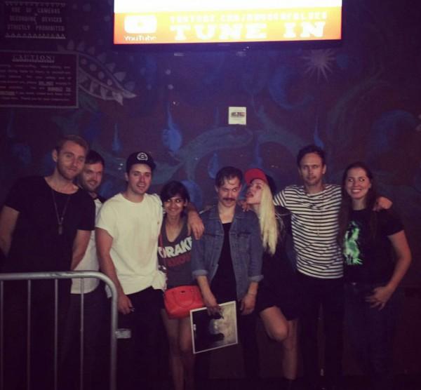 Skylar Grey c поклонниками после выступления 2016